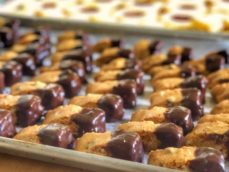 chocolate-dipped mini biscotti